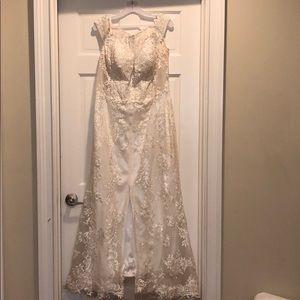 Dresses & Skirts - White prom dress/Wedding dress